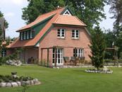 plan und baustudio 30966 hemmingen landhaus. Black Bedroom Furniture Sets. Home Design Ideas