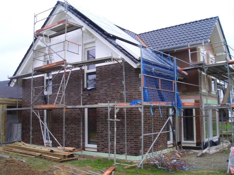 Fenster Bad Pyrmont : Auch innen ist bereits die Rohinstallation Elektro, Heizung  Sanitär