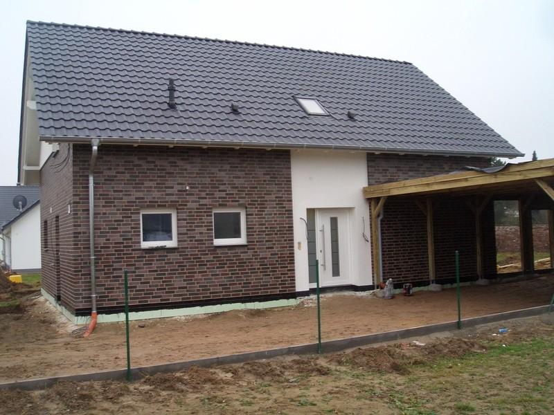 Fenster Bad Pyrmont : Die Außenfassadenarbeiten sind bereits abgeschlossen, in den Bädern